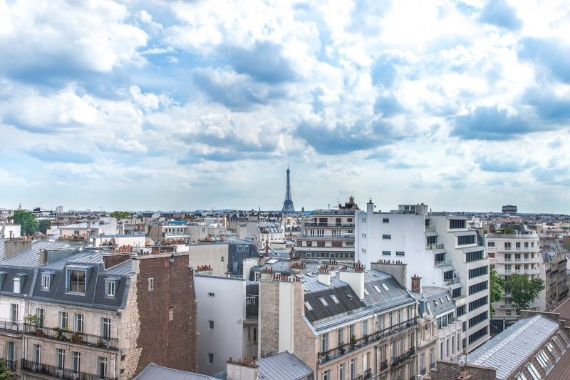 airbnb_paris_a_room_with_a_view.