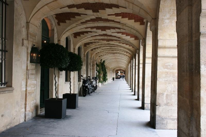 Place_des_vosges_paris